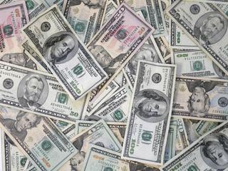 U.S. net worth declines by $1.2 trillion
