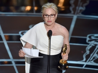 Patricia Arquette calls for wage equality
