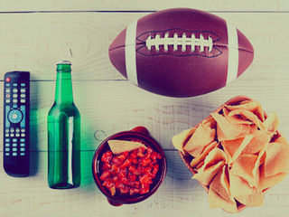 7 (cheap) ways to host an epic Super Bowl party