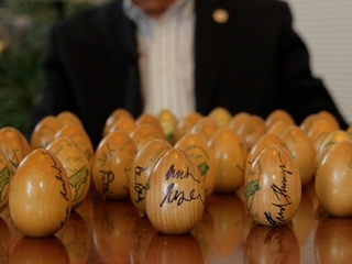 Why candidates in NH sign eggs