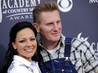Rory Feek to perform again