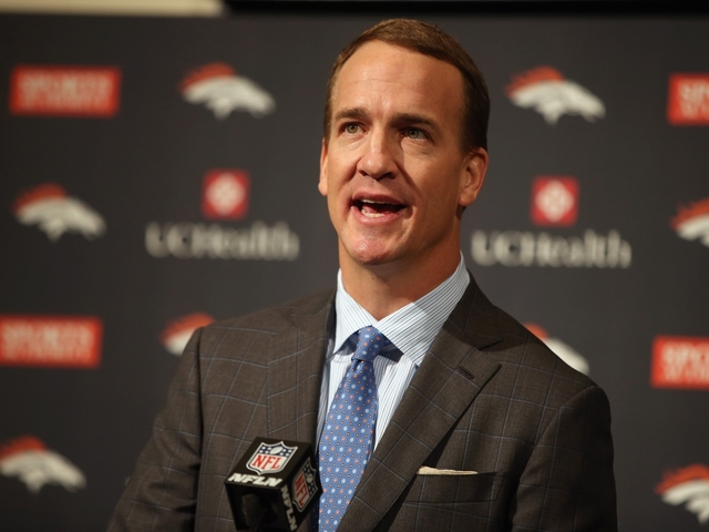 Colts plan to honor Manning at Friday news conference