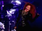 Janet Jackson is pregnant, suspends tour