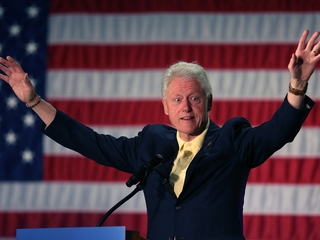 Bill Clinton says he never gets compliments