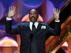 Steve Harvey apologizes for offensive jokes