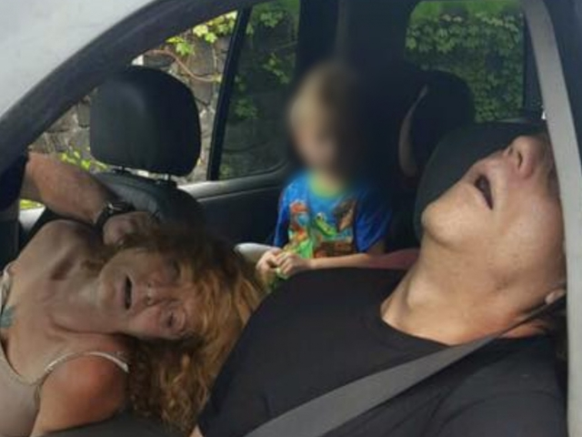 Ohio boy seen in 'heroin car photo' gets new home