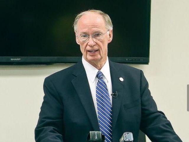Alabama governor asks court to halt impeachment process