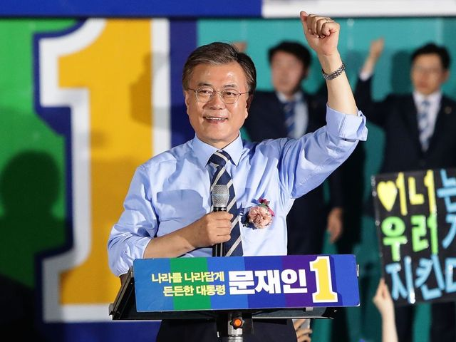 Exit polls in South Korea forecast win for liberal Moon