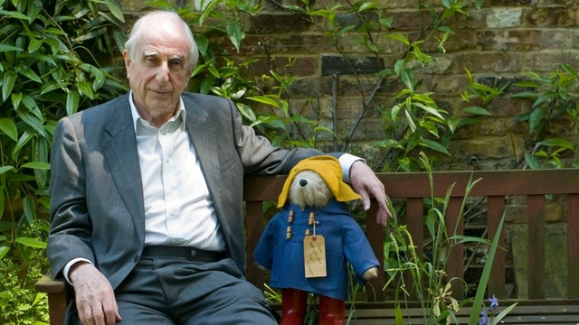 The author of the books about Paddington bear