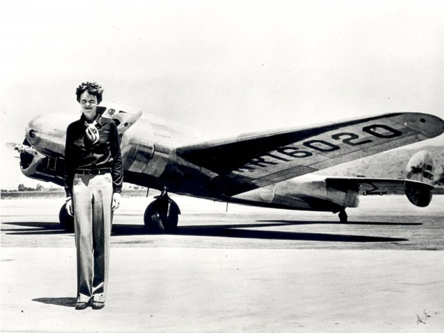 Did Amelia Earhart survive her flight? Newly-discovered photo could change history