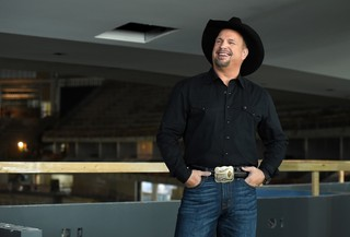 Garth Brooks will have five shows in Indy