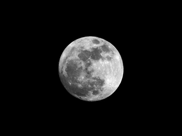 Get ready: two 'supermoons' are heading your way this January
