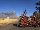 1 dies in fast-spreading Oregon wildfire